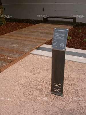 intersignal signal tique d 39 arboretum. Black Bedroom Furniture Sets. Home Design Ideas